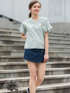 2017芝麻E柜女装新款V领T恤