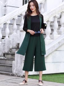 卡茵琪女装时髦两件套