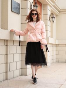 欧米媞女装新款粉色羽绒服