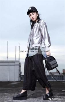 布兰雅2017新款银色短外套