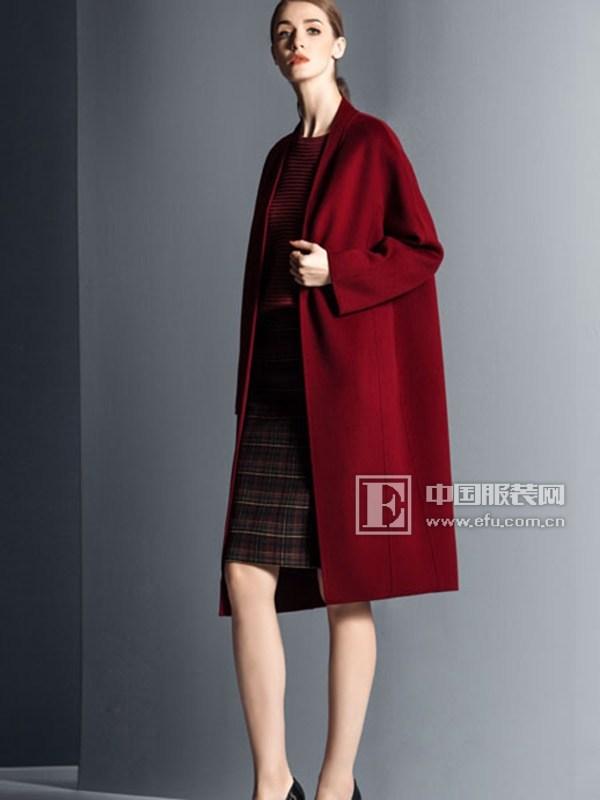 卡索女装 大衣是秋冬的情怀