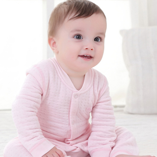 新生儿装品类的老工匠 SaintBuD尚芭蒂中高端婴幼童装加盟首选品牌!