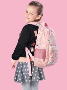 小猪班纳女童外套