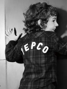 小猪班纳男童潮牌格子衫