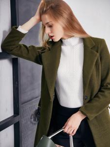 艾诺绮女装秋冬新款军绿色大衣