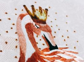 2017中国国际纺织面辅料展:凯丽丝绸演绎东方霓裳