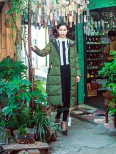 武汉惠品秋冬新款军绿色羽绒服