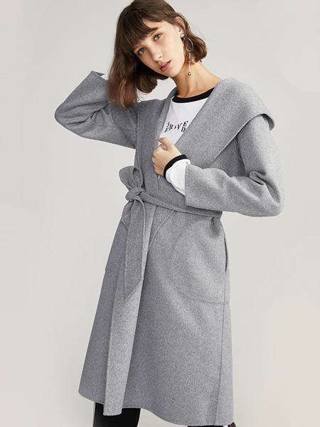 2017布莎卡冬装大衣