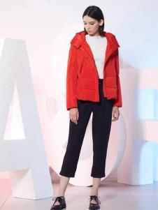 ...minette红色短款羽绒服