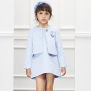 秋冬季节浅色的女童套装裙怎么搭?