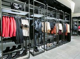"""Zara、阿玛尼等多款知名品牌的进口服装上""""黑榜"""""""