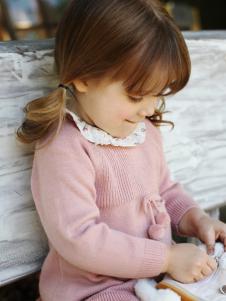 芭乐兔女小童毛衫