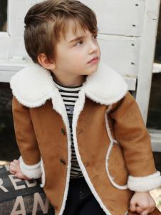 芭乐兔男童冬款外套