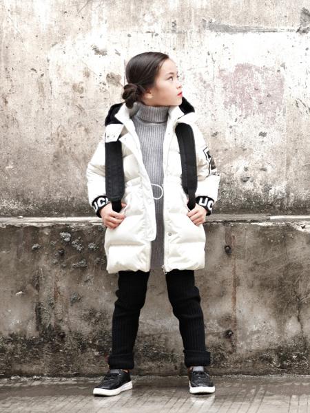 玛玛米雅2017秋冬新款女童羽绒服