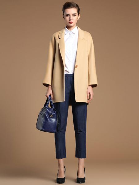 薇妮兰折扣女装秋冬米色大衣