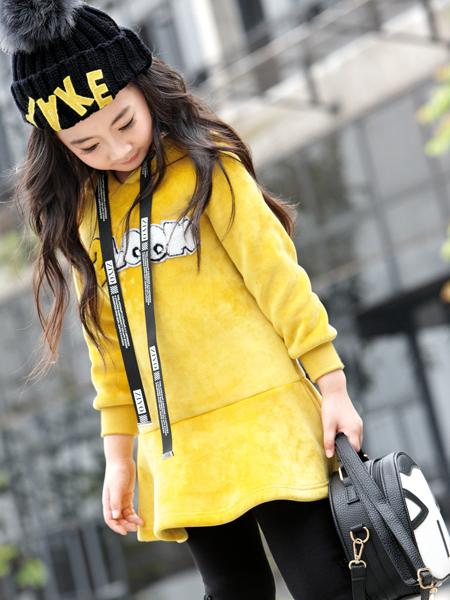 玛玛米雅2017秋冬新款黄色卫衣