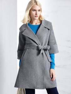 薇妮兰折扣女装秋冬银色大衣