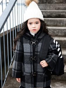 玛玛米雅2017秋冬新款大衣
