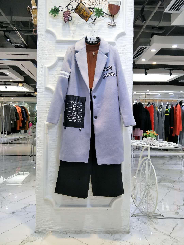 专柜同步 帛兰雅2017年冬装女装外套 品牌折扣店货源 批发走份