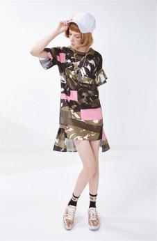 莎蕾新品迷彩拼接上衣