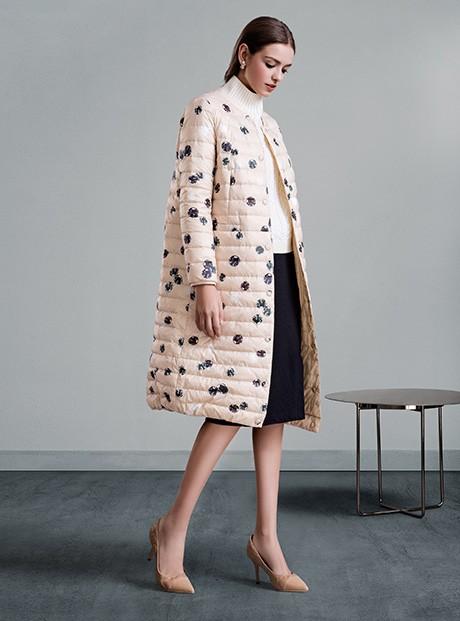 专柜同步新款高档品牌女装 折扣女装正品货源走份