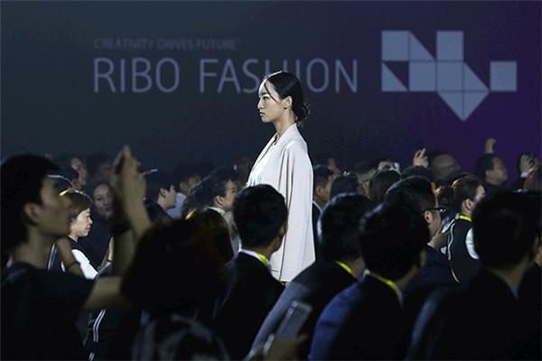 日播时尚三季度净利同比增长29.05%,但线上销售优势弱