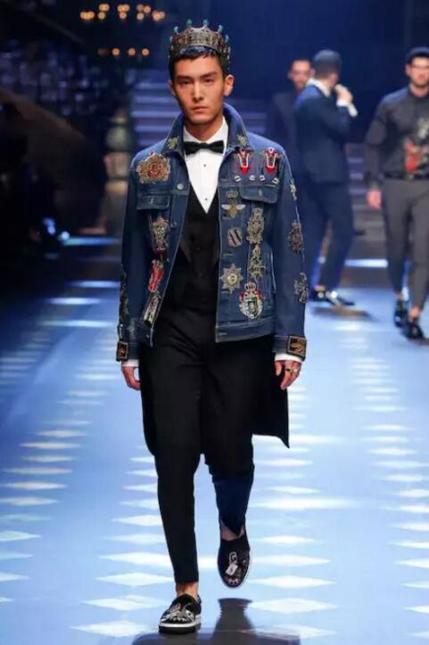 盛一伦在 Dolce&Gabbana 秀场