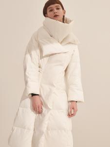 主提ZHUTI2017秋冬长款白色羽绒服
