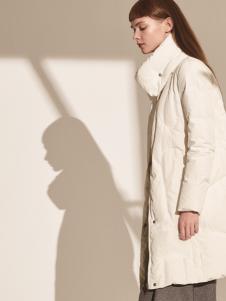 主提ZHUTI2017秋冬新款白色羽绒服