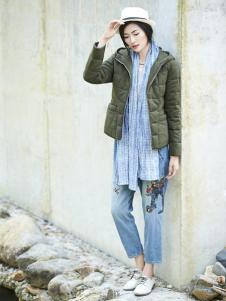 丽比多女装秋冬装短款青色羽绒服