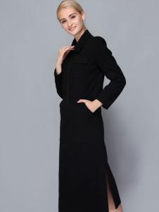 依路佑妮黑色大衣