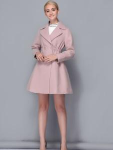 2017依路佑妮女装粉色风衣