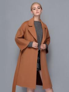 依路佑妮时尚大衣