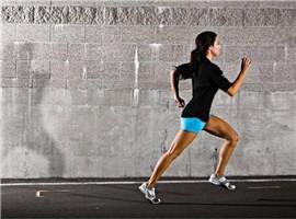 体育用品触底反弹,运动服企把握趋势才能大发展