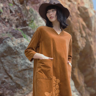 因为女装怎么样 设计师文艺森女棉麻女装品牌加盟品牌!