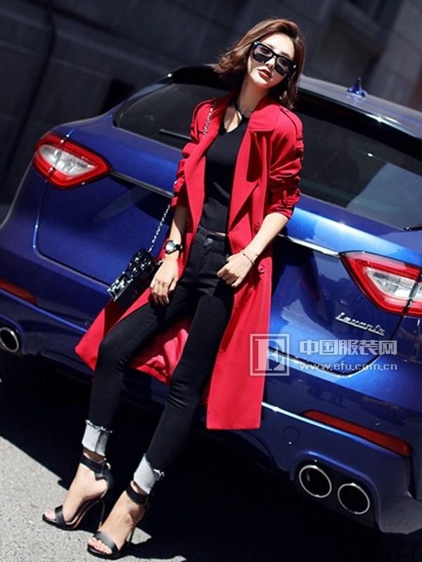 千姿惠女装 引领你的时尚潮流