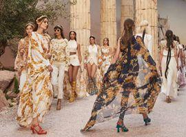 Chanel在成都重现早春度假大秀 奢侈品牌为何都爱成都?