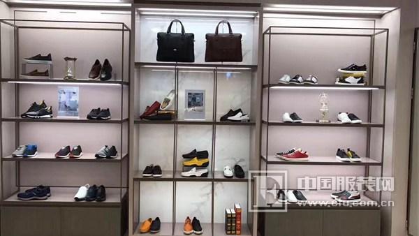 鞋子加盟什么品牌好?Lipault鞋业加盟者的***!