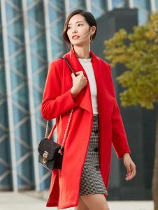 优衣美红色大衣新款