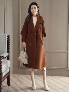 千姿惠女装新款焦糖色大衣