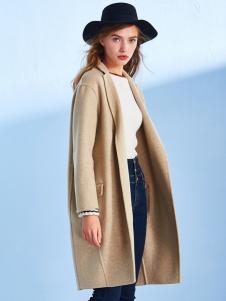 千姿惠新款米色大衣