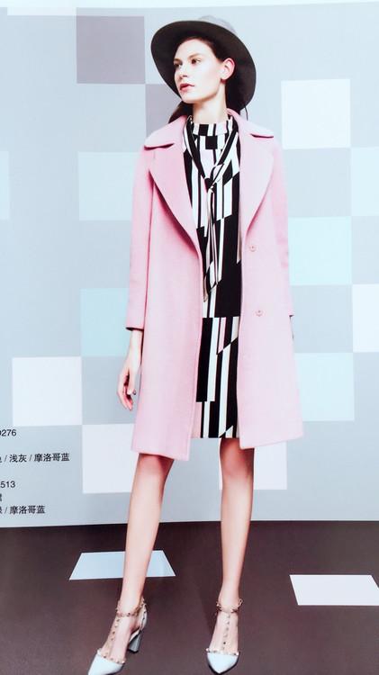 新华集贸中心市场品牌折扣女装专柜正品北京品牌折扣店特儿迪雅