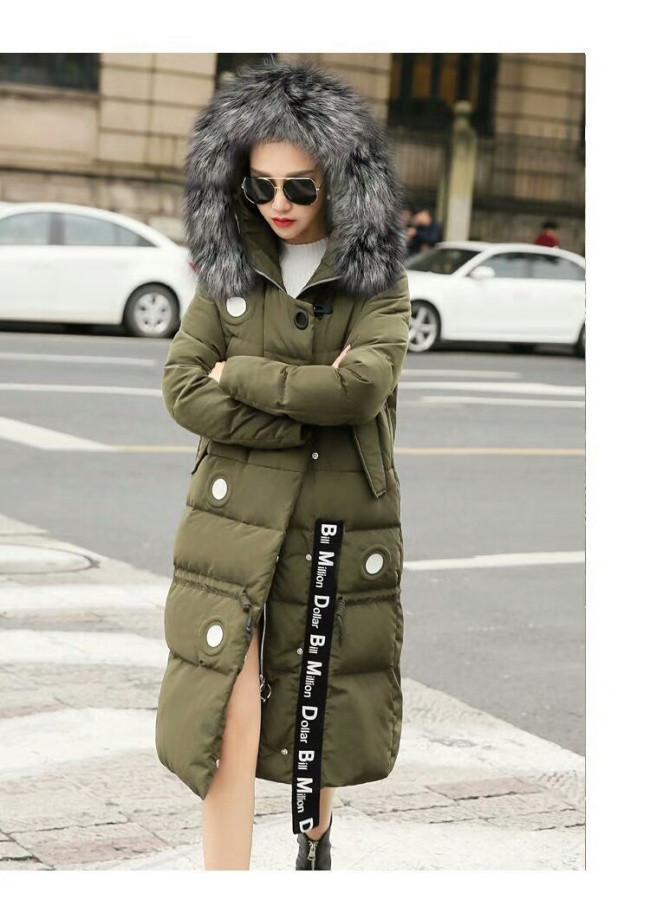 2017冬季新款欧版羽绒服时尚修身中长款带毛领