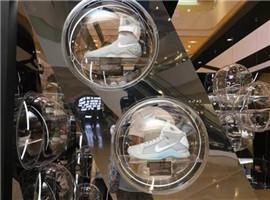 球鞋已从运动场走向时尚领域,球鞋文化到底有多吸金?