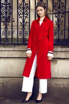 17年新品红色大衣