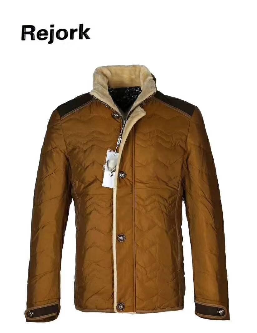 广州品牌服装尾货库存批发市场在哪里,世通服饰