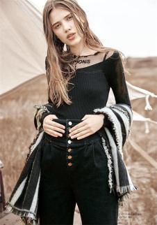 卡尼欧2017新款黑色打底衫