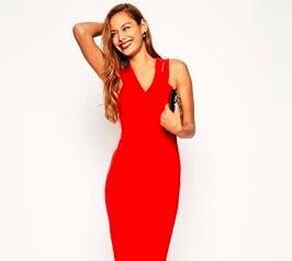 今天穿什么:学倪妮穿红裙 Dior高定秀我只记住了她