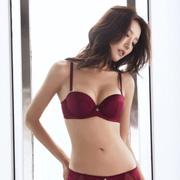 布迪设计时尚新款:给予你想要的魅力与性感
