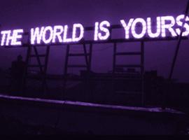 """哪些大牌能在2018年赶上自带""""畅销""""属性的紫外光色浪潮?"""
